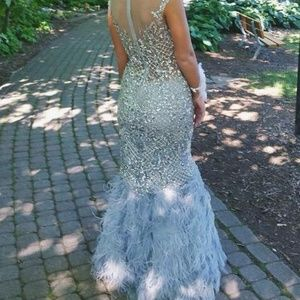 Selling my Terani Couture prom dress!